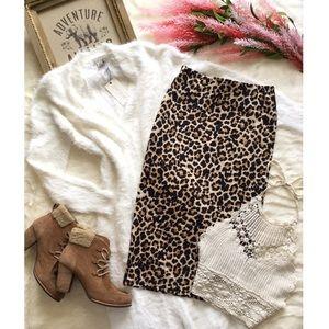 NWOT Zara Leopard Pencil Skirt